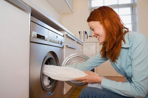 Nguyên nhân máy giặt Electrolux không xả nước xả vải
